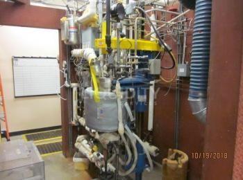 1997 Fluitron 10-Liter Reaktionskessel mit Dampfzufuhr, Vakuumpumpe, Systemsteuerung, sn. 9608-7145.