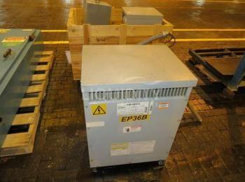 3ea Gebrauchte Transformatoren, einschließlich: 1ea Siemens Modell 1D1Y025TP1 25 KVA Primär 215-506