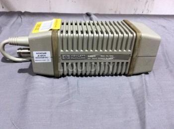 [RSCG TID 6768389] Hewlett Packard Modell 83557A 50 - 75,0 GHz mm - Wave Source Module