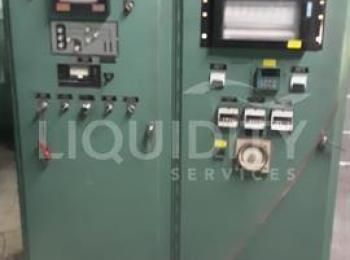 Lindberg Vakuumofen; 21-GR 1524-12 45 kw. Gerät ist in einwandfreiem Zustand. Vollständiges System;