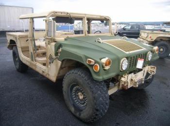 2002 Am General mdl W / E M1025A2 4 X 4 1 Tonne ARMT CAR, Dienstprogramm LKW. S / n 200171. Reg # NG