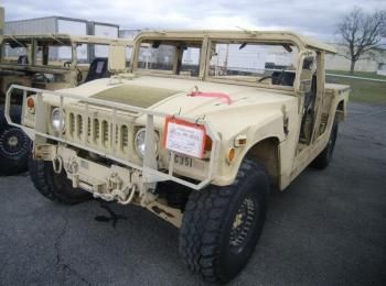 2002 Am General mdl W / E M1025A2, 4 X 4, 1 Tonne ARMT CAR, Nutzfahrzeug S / n 200192. Reg.-Nr. NG51