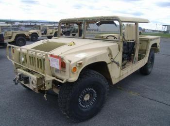 1995 Am General mdl W / E M1025A2 4 X 4 1 Tonne ARMT CAR, Dienstprogramm LKW. S / n 169115. Reg # NG
