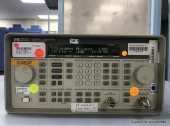 Hewlett Packard 8648C Signalgenerator Ser. Nr. 3847A04929 (Anlagen-ID: A07186), - - Die Sammlung für