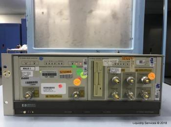 Hewlett Packard 70001A System Mainframe Ser. 3801A09254 Mit: Hewlett Packard 70841B Pattern Generato