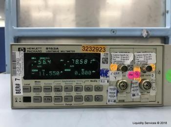 Hewlett Packard 8153A Lichtwellenmultimeter Mainframe Ser. 2946G05635 Mit: Hewlett Packard 8153A Lei