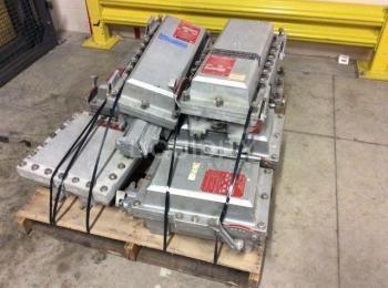 20 Ea. Crouse-Hinds enthalten: 7 Ea. Ineinandergreifende Arktite-Steckdose und Schutzschalterbaugrup