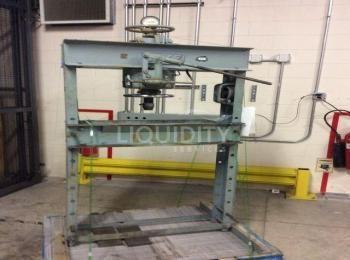 Dake Press Modell 50 H, Kapazität 50 Tonnen, sn. 130035. Der Käufer ist für die Entfernung verantwor