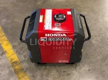 Honda 3000is Generator. Ein Honda Generator wurde nie benutzt und mit Gas betrieben. Die Spezifikati
