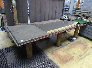 Metalltisch 330 x 130 x 84 cm, 500