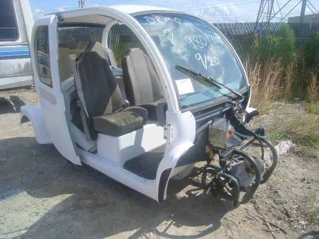 Global Electric Motor Cars, LLC, Elektrischer Wagen, Teile fehlen, Aluminium- und Stahlrahmen, Kunst