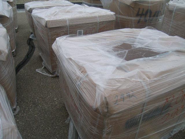 17.018lbs (apprx) 120mm Grundplatten, auf 7 Triwall Paletten, die im Verkauf und Gewicht enthalten s