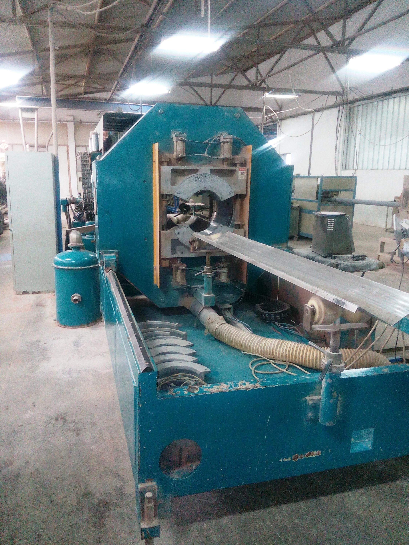 1 - Komplette Anlage zur Herstellung von PVC-Rohren