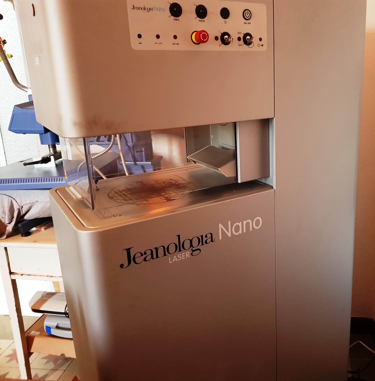 1 - CO2 Nano Laser Maschine für Kleidungsstücke