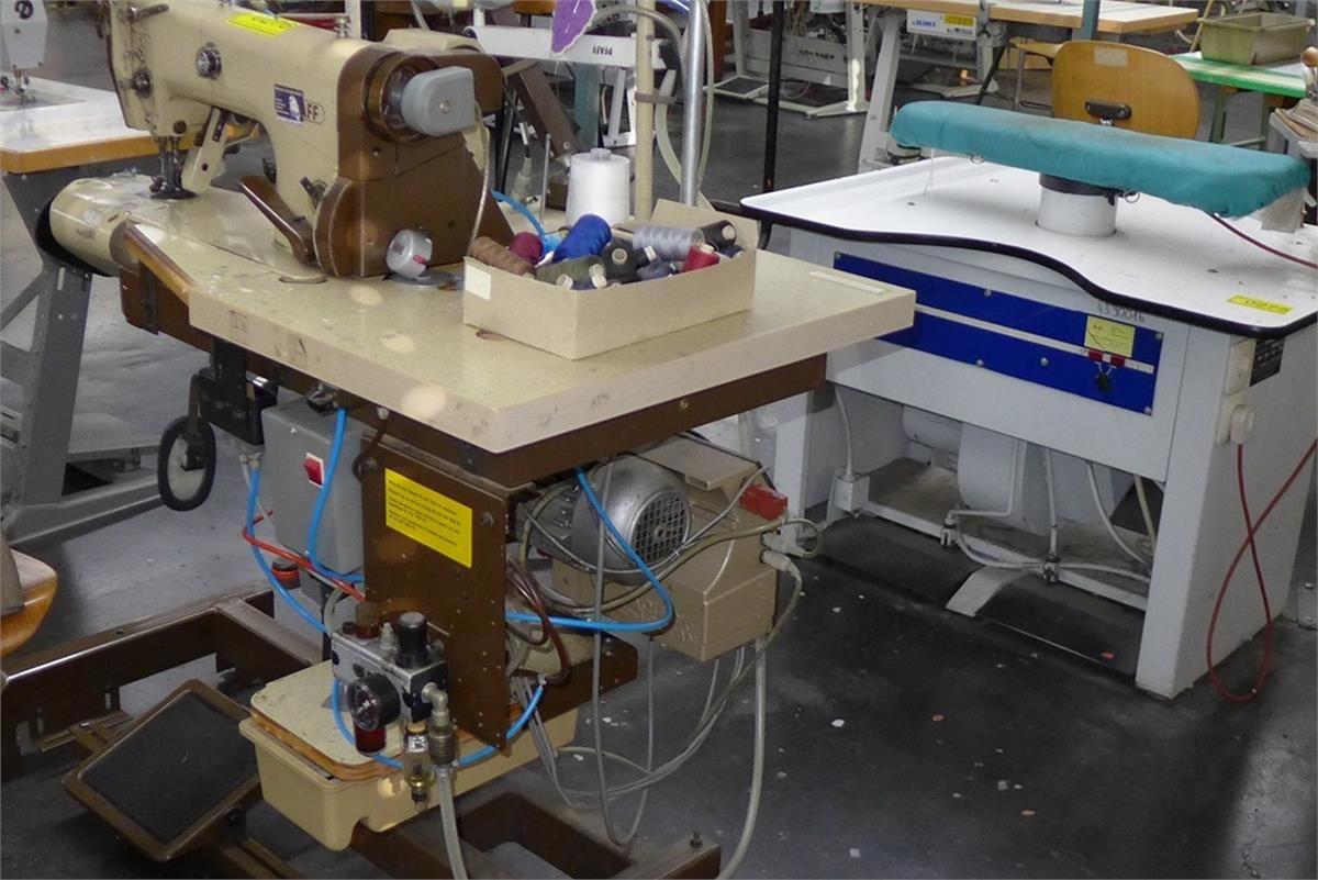 Industrienähmaschine Pfaff 3701