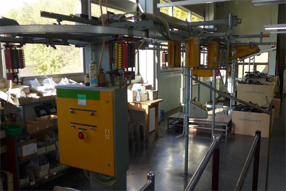 Hängebahnförderanlage mit mechanischer Programmierung PSB-Pfalzstahlbau Pirmasens Germany