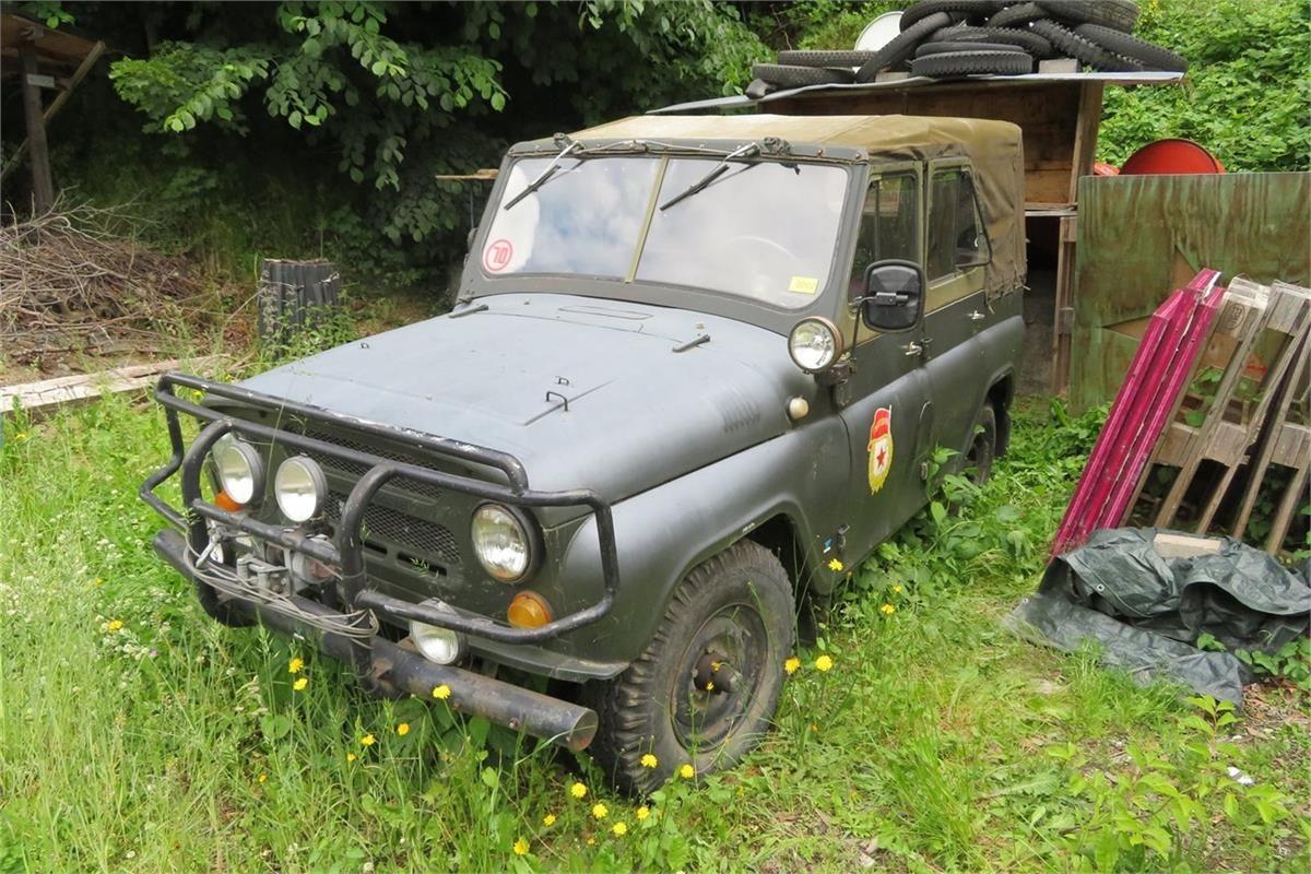 Russischer Geländewagen UAZ 469