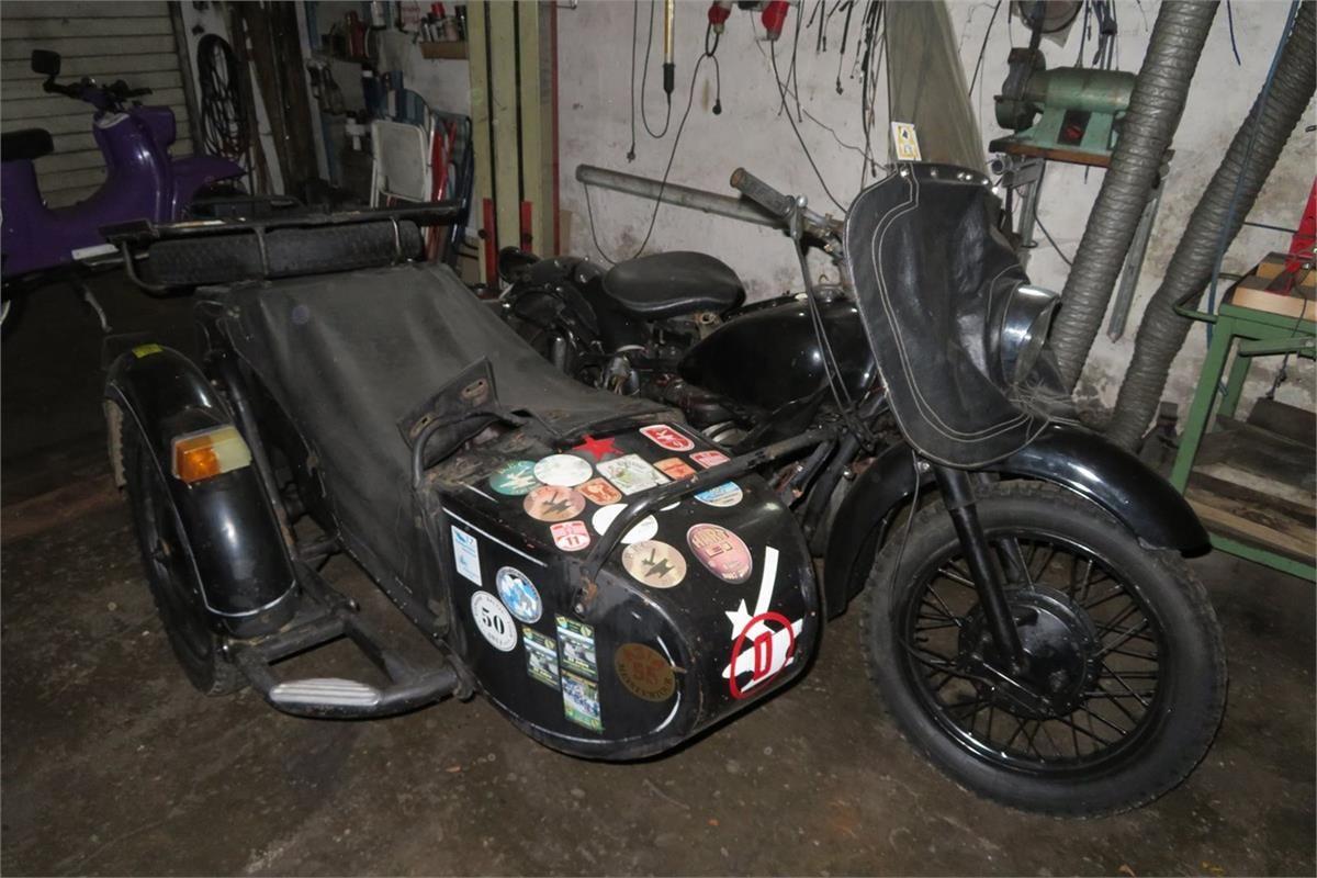Motorrad mit Seitenwagen Dnepr II – K 750