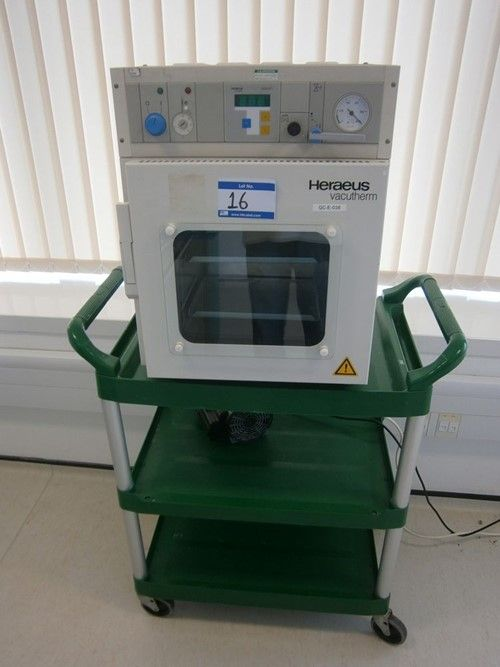 1 - Heraeus Vacutherm Vakuumofen Typ VT6025