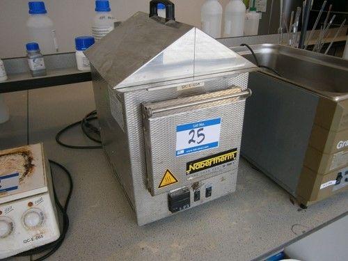 1 - LE2 / 11 / R6 30-3000 ° C Tischofen