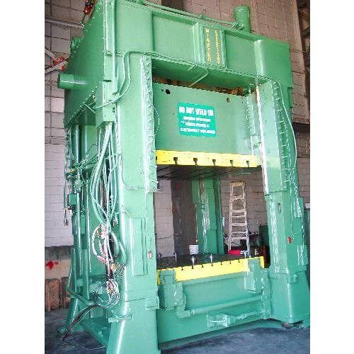 1 - Minster E4-200-72-60 200-Tonnen-Geradseiten-4-Punkt-Presse