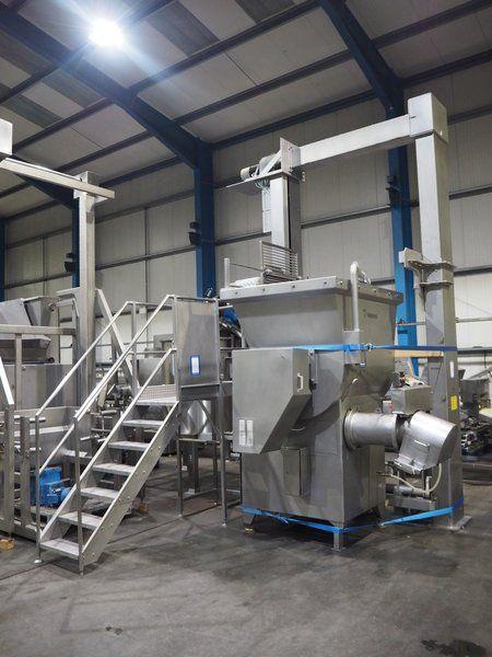 Kombination: Wolfking Mühle mit Scanio Lifter für Palettenboxen