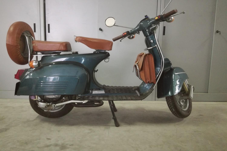 Bajaj Chetak Classic 150 ccm Motorrad