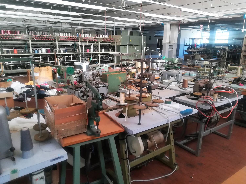 Textilmaschinen und -ausrüstung