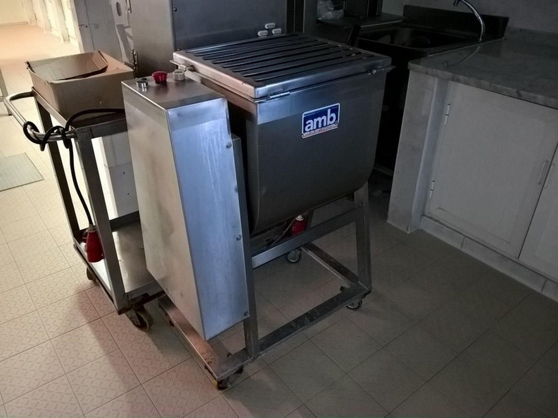 Knetmaschine A.M.B. und Oscartielle kalte Räume