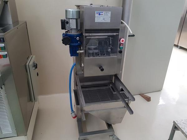 Dominioni Maschine für Pasta