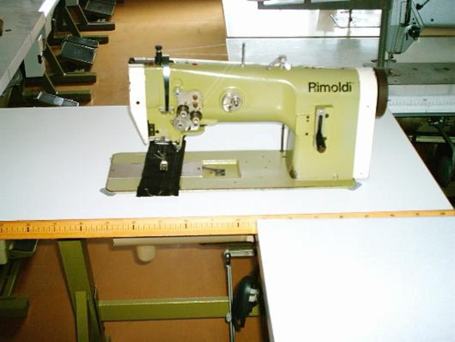 Nähmaschine Rimoldi 220-100