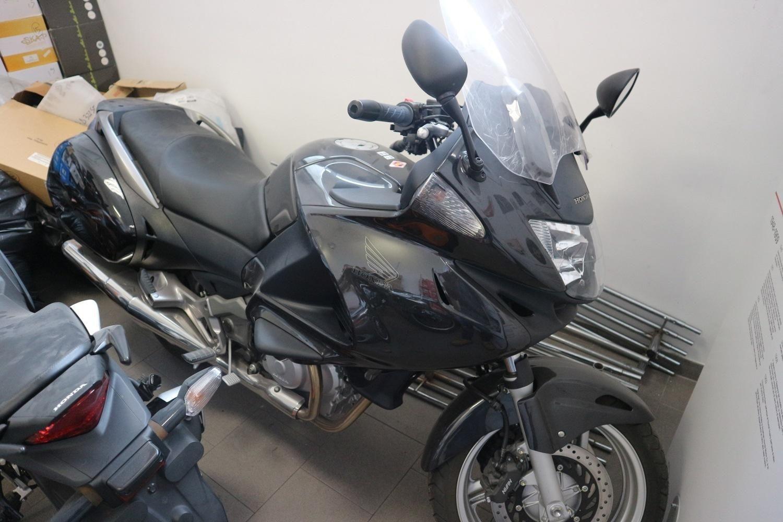 Honda NT700 Motorrad