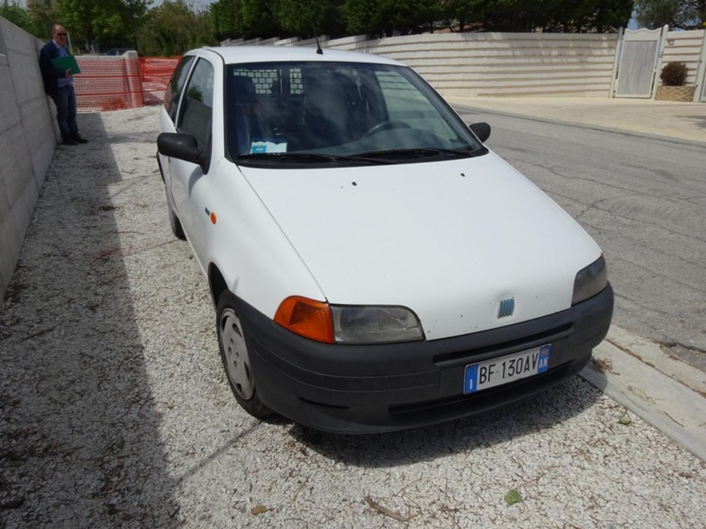 Fiat Punto van Auto