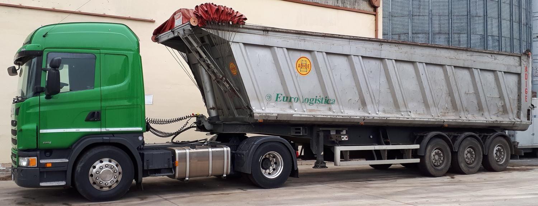 Scania G480 LKW mit Auflieger