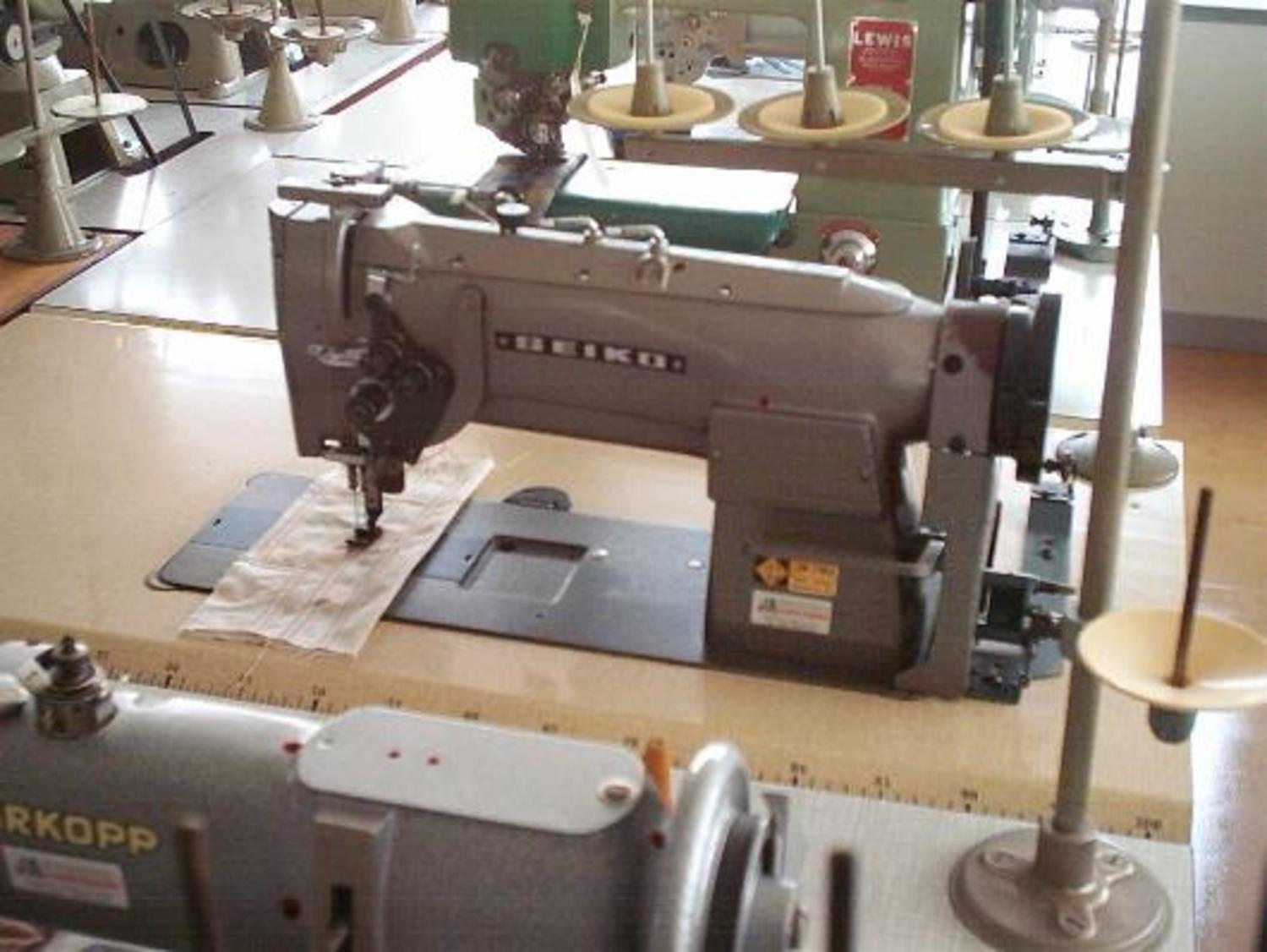 Nähmaschine Seiko LSW 27BLK
