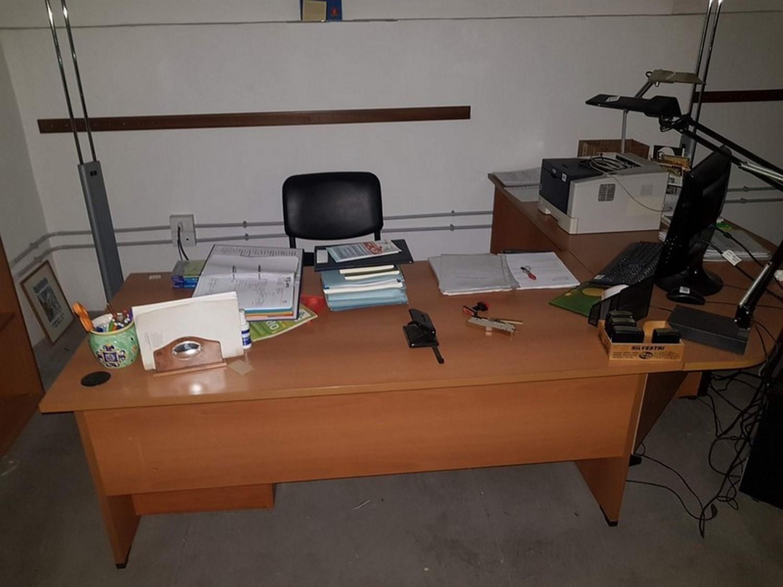 Büromöbel und Daikin Klimaanlagen