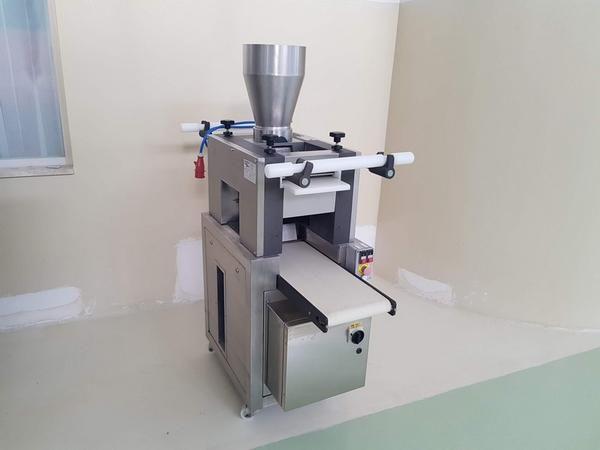 Dominioni-Maschine für Ravioli