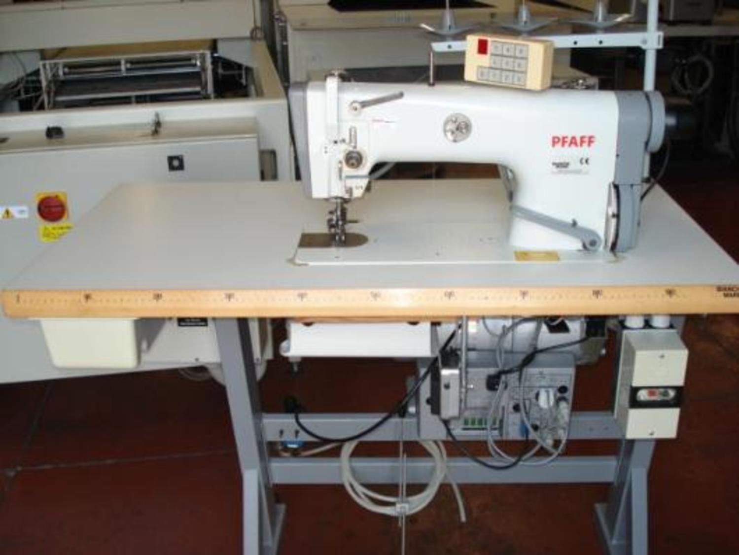Nähmaschine Pfaff 487-900
