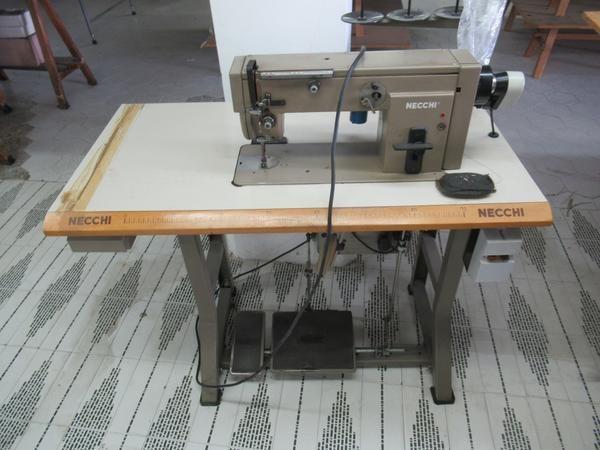 Necchi Nähmaschine und Cometh Bügelmaschinen