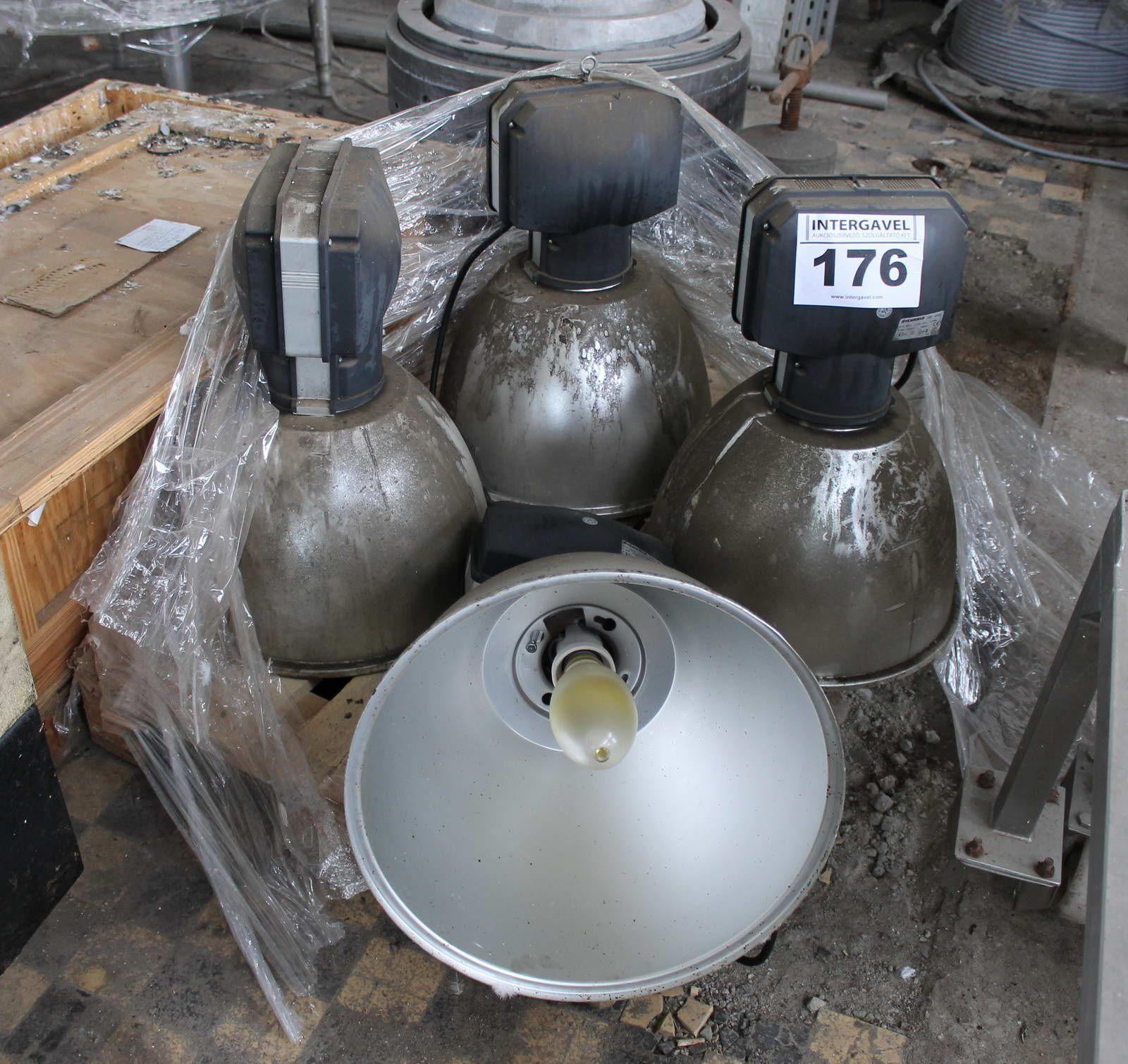 # 176 - Lámpatest