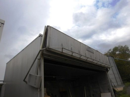 Mühlböck-Trockenkammer ca. 12 m x 7 x 4 m Ketten- Falttorsystem Abbau: bis 01/2020