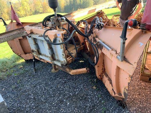 BAMBELLI V-Schneepflug hydraulisch verstellbar für Traktor - LKW mit Anbauplatte ca.300 cm