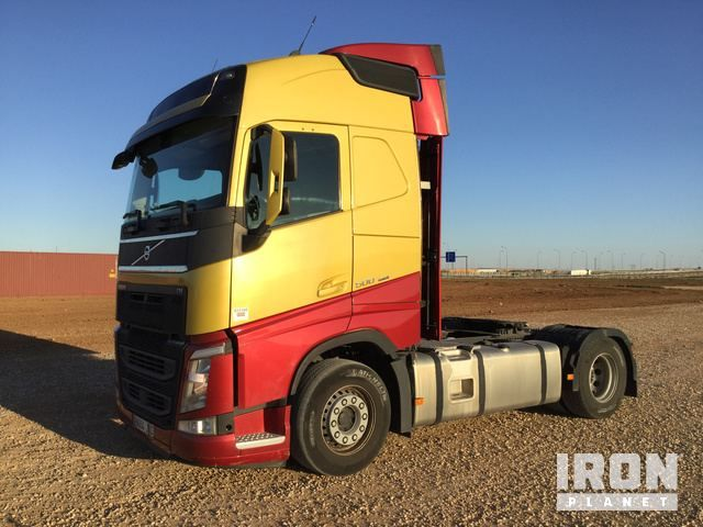 2016 Volvo FH500 4x2 Sleeper Truck Traktor