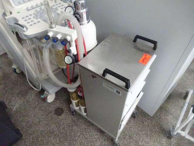 Sauerstoff-Einheit DRAEGER Oxator met Druckflasche en Rollwagen