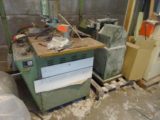 Posten Alt-Maschinen und Altmaschinenersatzteile