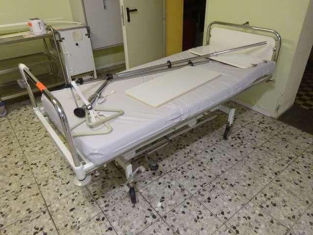 Patientenbett