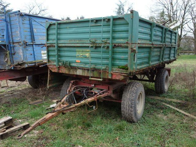 landwirtschaftlicher Kippanhänger (grün) HILK IB 8000