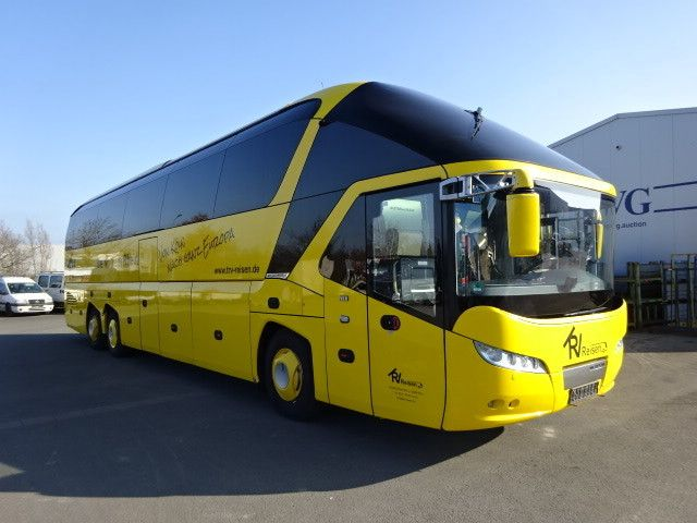 Bus NEOPLAN Starliner MAN