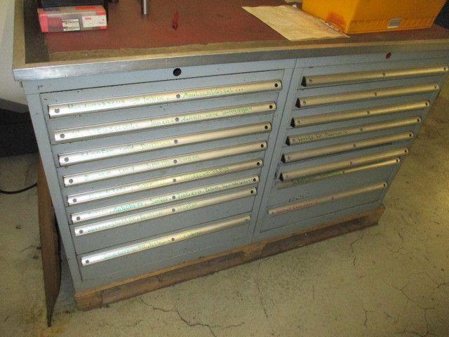 Stahl-Schubladenschrank 16-zügig