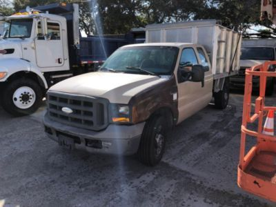 2005 Ford F250 Extended Cab Dump Debris Truck (161965)